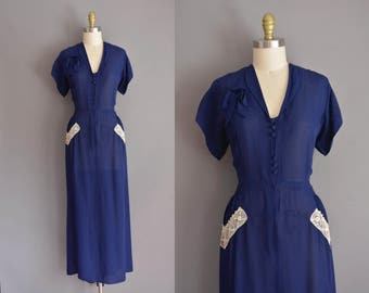 vintage 1940s dress. 40s gorgeous navy blue full length vintage rayon dress