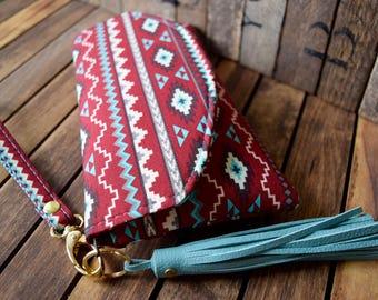 Smart Phone Wallet, Smart Phone Bag, Grab N Go, Phone Wallet, Phone Wristlet, Tribal Wallet, Bridesmaids Gifts, Wedding Clutch