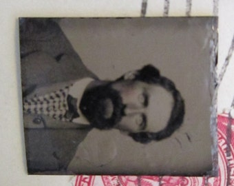 antique miniature GEM tintype photo - bearded man, man with beard, facial hair, late 1800s - gtf11