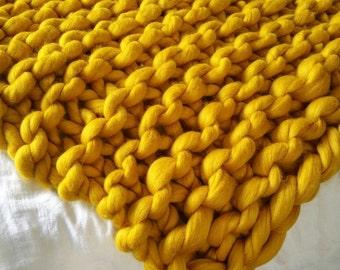 Giant Knit Blanket. Luxury Bed Runner. Chunky Knit Throw. Merino Wool Blanket