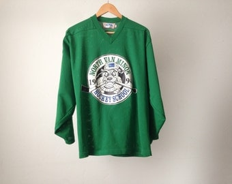 1994 vintage VANCOUVER bc CANADIAN vintage kelly green HOCKEY jersey size medium