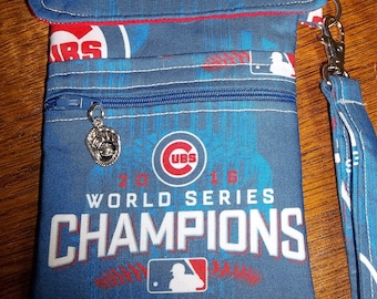 Chicago Cubs Cell Phone Case/Wristlet