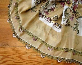 oya scarf, beige floral scarf, crochet trim