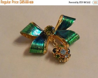60% OFF SALE Tinsel Christmas Lights - 1950s Weiss Metallic Painted Bow w/Rhinestone Drop Egg Brooch