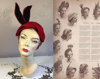 High Fashion Parisienne Model - Vintage 1940s 1950s Lipstick Red Felt Caplet w/High Side Standing Black Red Feathers