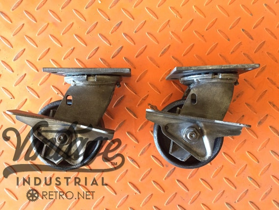 "4"" Vintage Industrial Caster w/brake, Antique Industrial Cast Iron 42TMB"