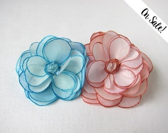 Two roses - silk flower brooch - blush rose and soft azure - hand painted silk - ***Item on sale*** Previous price : 31 EUR