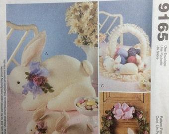 Sewing Pattern Sprin Decor Easter Bunnies Rabbits Basket Wreath Uncut 1998 Stuffed Toys Decor Cotton