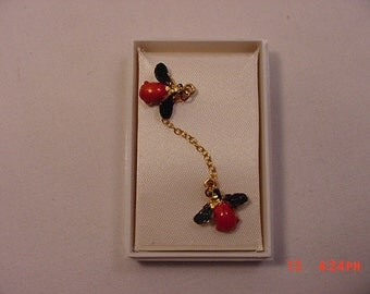 Vintage Ladybug Chained Scatter Pins In Original Sale Box   17 - 146