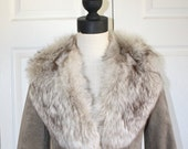 SALE Vintage Fox Fur Collar Jacket . 1970s Ultra Suede Classy Jacket with Fabulous Real Fox Fur Detachable Collar . Size Small