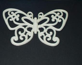 Vintage Wall Plaque Homco Butterfly White Molded 80s Retro Home Decor 4172