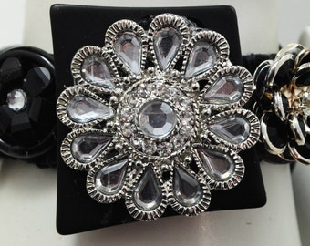Glam Black Button Bracelet/OOAK/Charm Bracelet/Gift For Her/Holiday Jewelry/Christmas Jewelry/Expandable/Under 50 USD