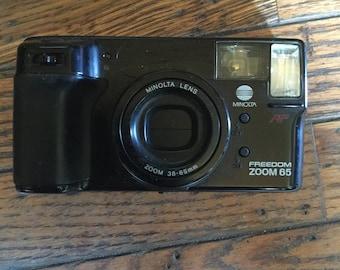 Vintage Minolta Freedom Zoom 65 ES Camera