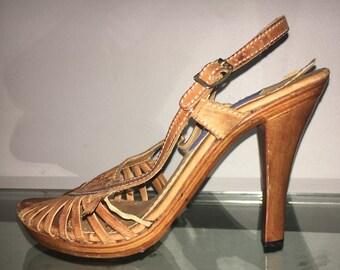 vintage 70s size 8 WILD PAIR wood heel southwest sandals