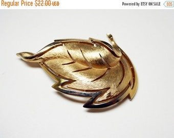 Crown Trifari Leaf Brooch - Modernist Brushed Gold Tone Leaves - Modernist Cut Out Designs - Mid Century 1960's Era Signed Trifari