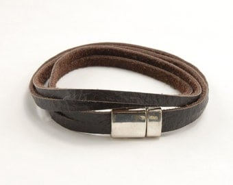 Double Wrap Bracelet with Magnet Clasp - Brown