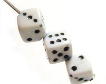 75% OFF- White Dice Beads Las Vegas Casino 20pcs