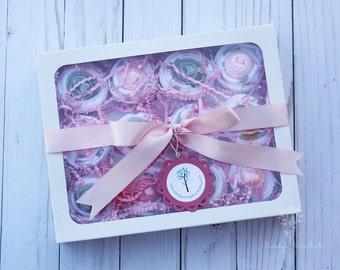 Baby girl washcloths / Baby cupcake box / Baby girl bath gift / Baby shower gift