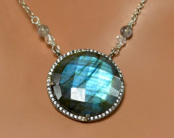 LP 1366   Blue Flash Labradorite Pendant, White CZ Black Gold Bezel, Labradorite And Swarovski Crystal  Necklace