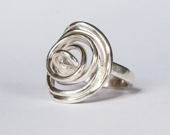 Modern Rose Ring