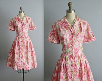 50's Shirtwaist Dress // Vintage 1950's Floral Print Full Garden Party Shirtwaist Dress S