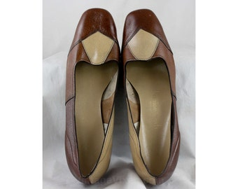 Size 10 Shoes - Unworn Mod 1960s Patchwork Leather Pumps - 10 M - Beige & Rust Brown Patches - Secretary Style - 60s NOS Deadstock - 47155-1