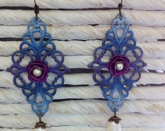Blue filigree earrings with pearls