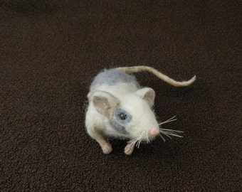 Needle Felted Mouse Shoulder Pet -- Gordo Fancy Mouse