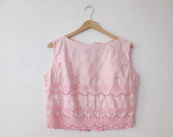 Vintage '50s Terry, Chicago Cotton Candy Pink, Back Button, Heavily Embroidered Sleeveless Blouse, 36 - 38 Inch Bust, Medium