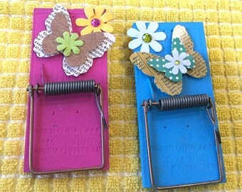 magnetic clips, magnets, butterfly, flower, pink, blue, mouse trap, organization