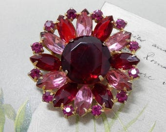 Red & Pink Marquise Rhinestone Flower Brooch w/ Large Center Stone   OY31