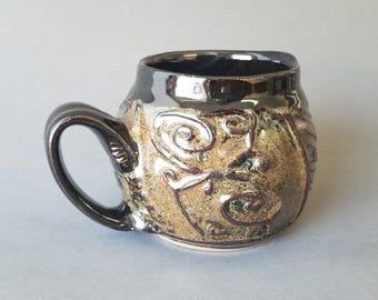 Wavy Textured Coffee Mug in Gloss Black Bronze Brown Golden Speckles
