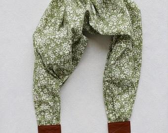 scarf camera strap flowered sage - BCSCS077