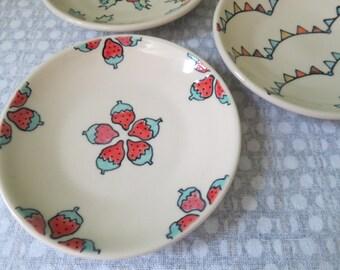 Handmade Snack Plate Wheel Thrown Pottery Strawberry Illustration Fruit Themed Pottery Strawberry Ceramic Plate Small Dessert Plate