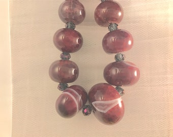 """Bobbilicious Statement Agate and Crystal Statement Piece Necklace 18"""" Hand Strung Violet-Red"""