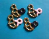 Kawaii mouse pretzel cabochons decoden deco diy charm  4pcs   USA SELLER