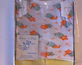 Vintage Sleep n Play PJ's Small