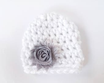 Baby Girl Beanie / Baby Shower Gift Girl / Newborn Girl Hat / Infant Crochet Hat / Baby Girl Hat / Crochet Newborn Hat / Crochet Baby Hat