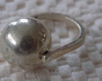 Vintage ring, size 7 ring, signed ring, sterling silver ring, ball ring, modernist ring,unique 925 ring,designer ring
