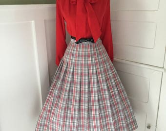 VINTAGE 1960s High Waisted Gray Red & Cream Plaid Full Skirt