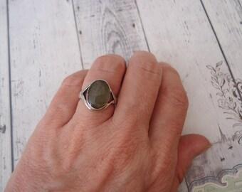 Vintage 925 Sterling Ring w/ Labradorite Gemstone Ring, Size 7, 6 Grams