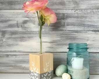 Test Tube Vase, flower vase, Mothers Day gift, Bud Vase, Wood and paint, small gift