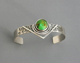 Mohave Green Turquoise Cuff Bracelet Art Jewelry OOAK Silver