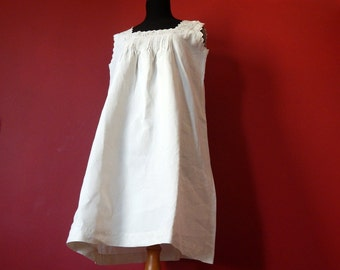 French Vintage Nightgown Fine Linen with Exquisite Hand embroidery