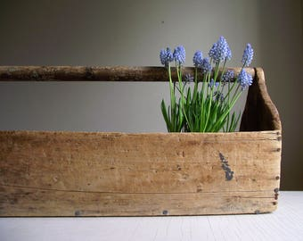 Vintage Wood Tool Caddy , Extra Large Wooden Toolbox Centerpiece , Carpenters Tool Carrier Tote , Farmhouse Decor , Primitive Rustic Decor