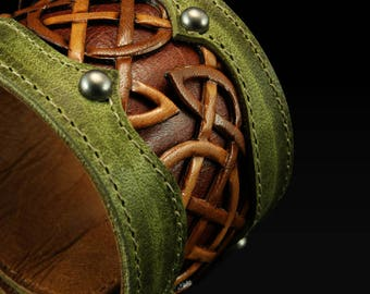 "Leather Cuff, Leather Bracelet:  leather cuff with a celtic design ""Celtic Trilogy Cuff"""