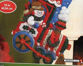 "Bucilla All Aboard 16"" Felt Christmas Stocking Kit 86435 Train Frosty The Snowman"