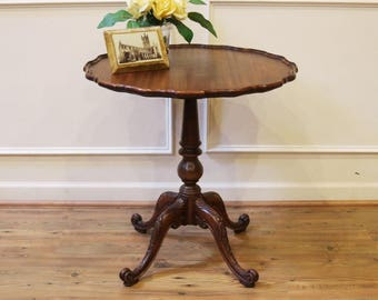 Vintage Imperial Grand Rapids Solid Mahogany Pie Crust Edge Pedestal, End,  Side Or Occasional