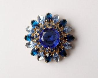 SALE 1950s blue rhinestone snowflake brooch