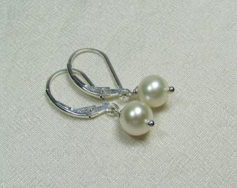 Real Pearl Earrings, Freshwater Pearl Bridesmaid Earrings, Bridesmaid Jewelry, Bridesmaid Gift, Wedding Jewelry, Pearl Bridal Earrings
